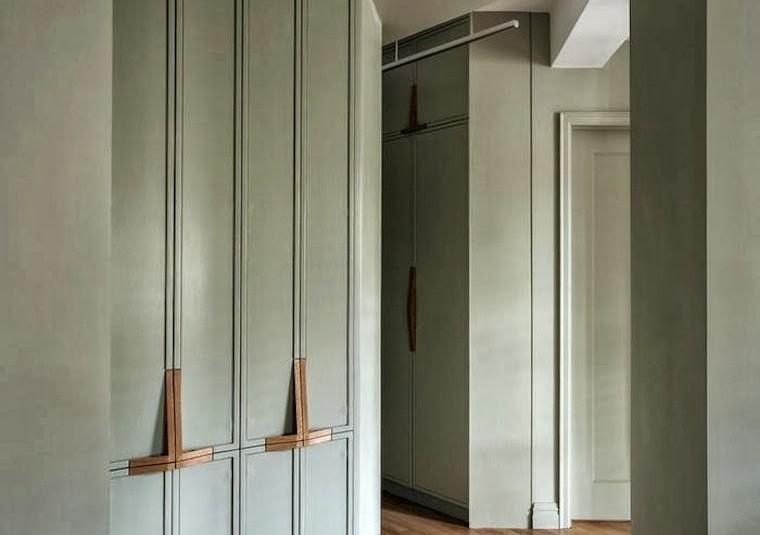 Apartamento-de-19282C-armarios-disenCC83o-farrow26Ball