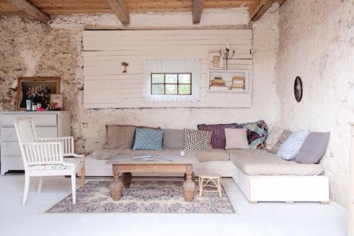 Decoracion-vivienda-vacacional-segunda-residencia-con-mobiliario-economico
