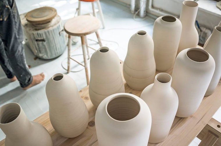Taller de cerámica oculto en un jardín en la ciudad de Copenhagen