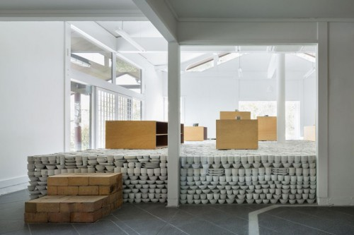 Proyecto pop up store, flagship store de cerámica, by yusuke seki