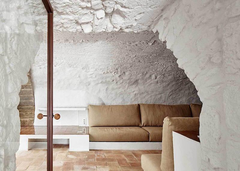 Rehabilitaciona antigua masia en el Emporda Girona por Arquitectura-G 1