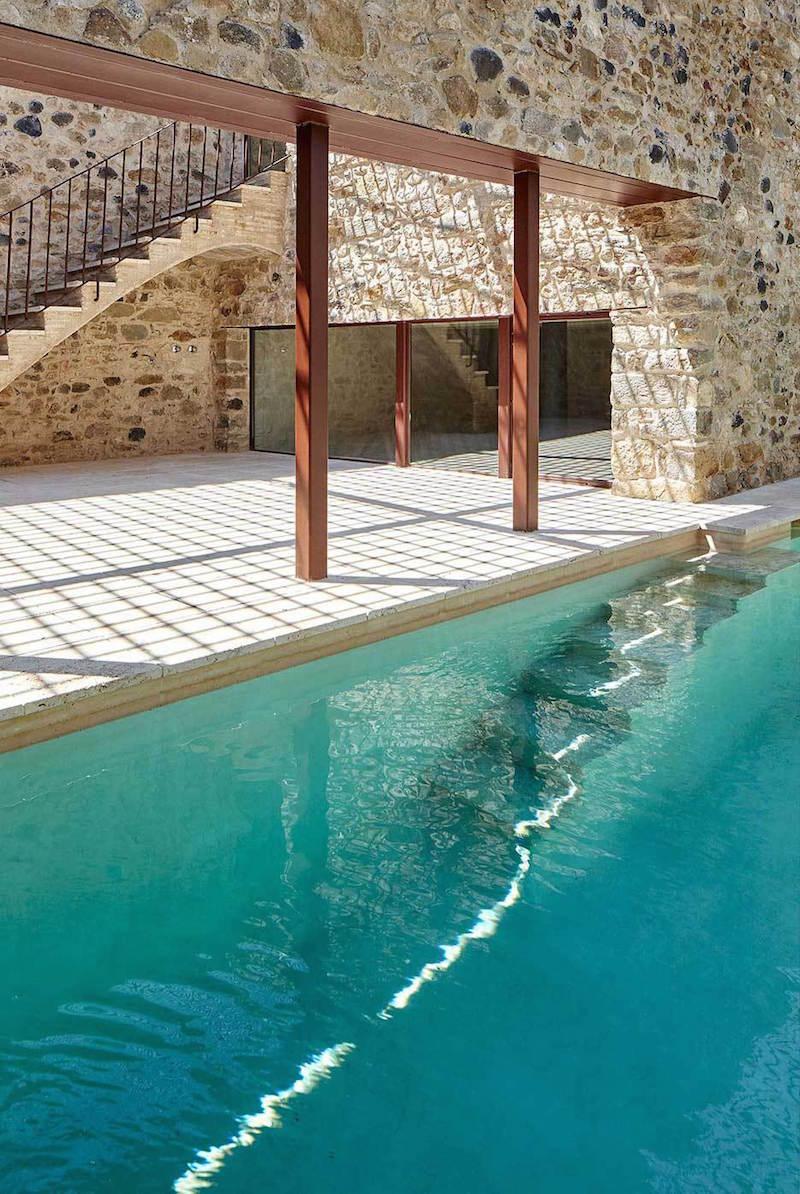 Rehabilitaciona antigua masia en el Emporda Girona por Arquitectura-G 11