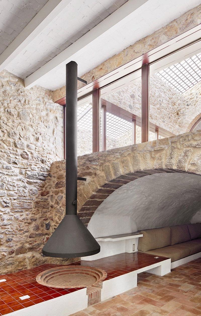 Rehabilitaciona antigua masia en el Emporda Girona por Arquitectura-G 2