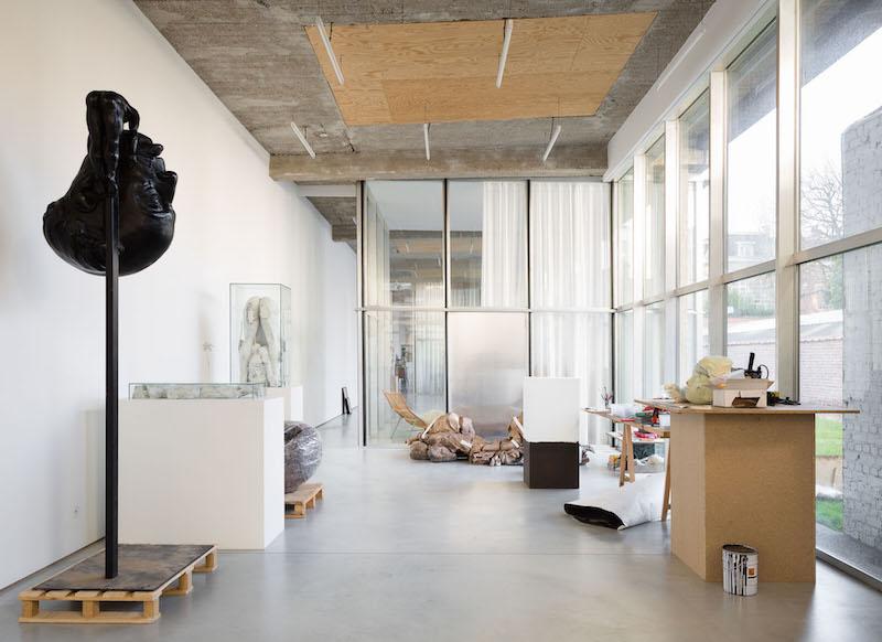 El estudio en Belgica el escultor Thomas Lerooy 3