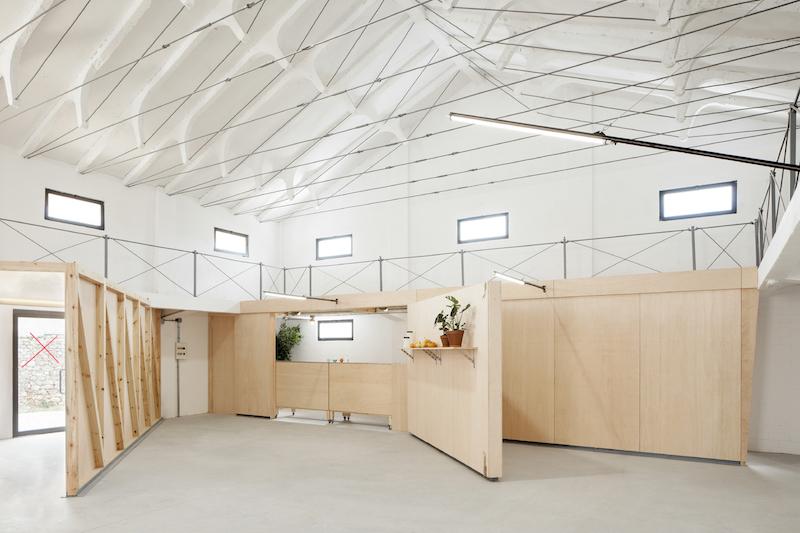 Nave-industrial-en-Soria-rehabilitada-arquitectura-por-Valentin-Sanz-Sanz-4