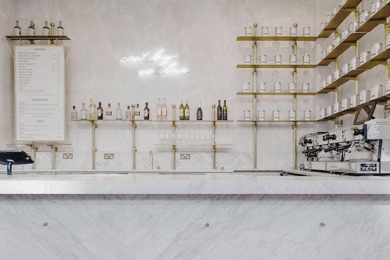 Marmol y cemento pulido reforma proyecto interior establecimiento cafe en el centro historico de Londres 11