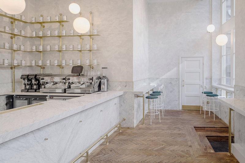 Marmol y cemento pulido reforma proyecto interior establecimiento cafe en el centro historico de Londres 2
