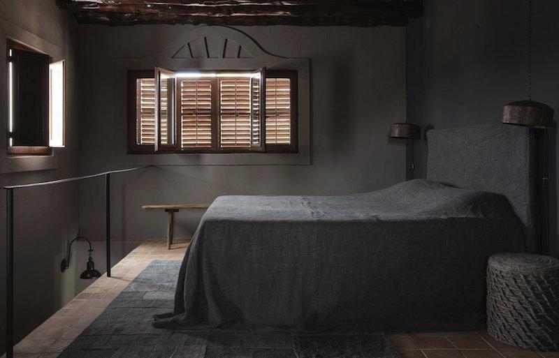 La Granja hotel en Ibiza FarmHouse decoracion sencilla casi austera para un hotel de lujo 5