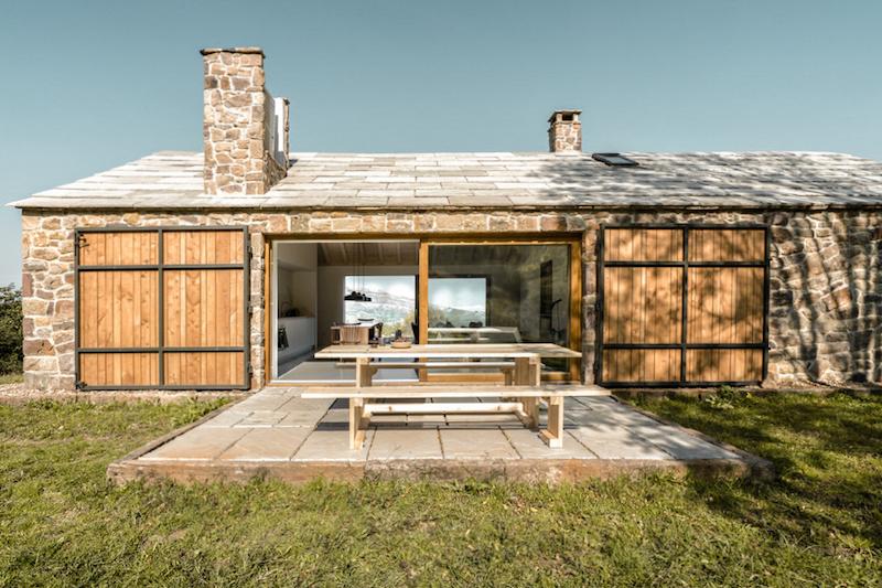vivienda en el campo para desconexion arquitectura rehabilitacion edificio antiguo